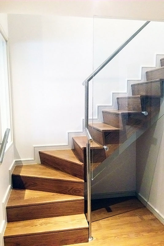 glass-wood-staircase